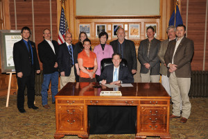 KAA Board of Directors and KAAA Board President meet with Governor Brownback
